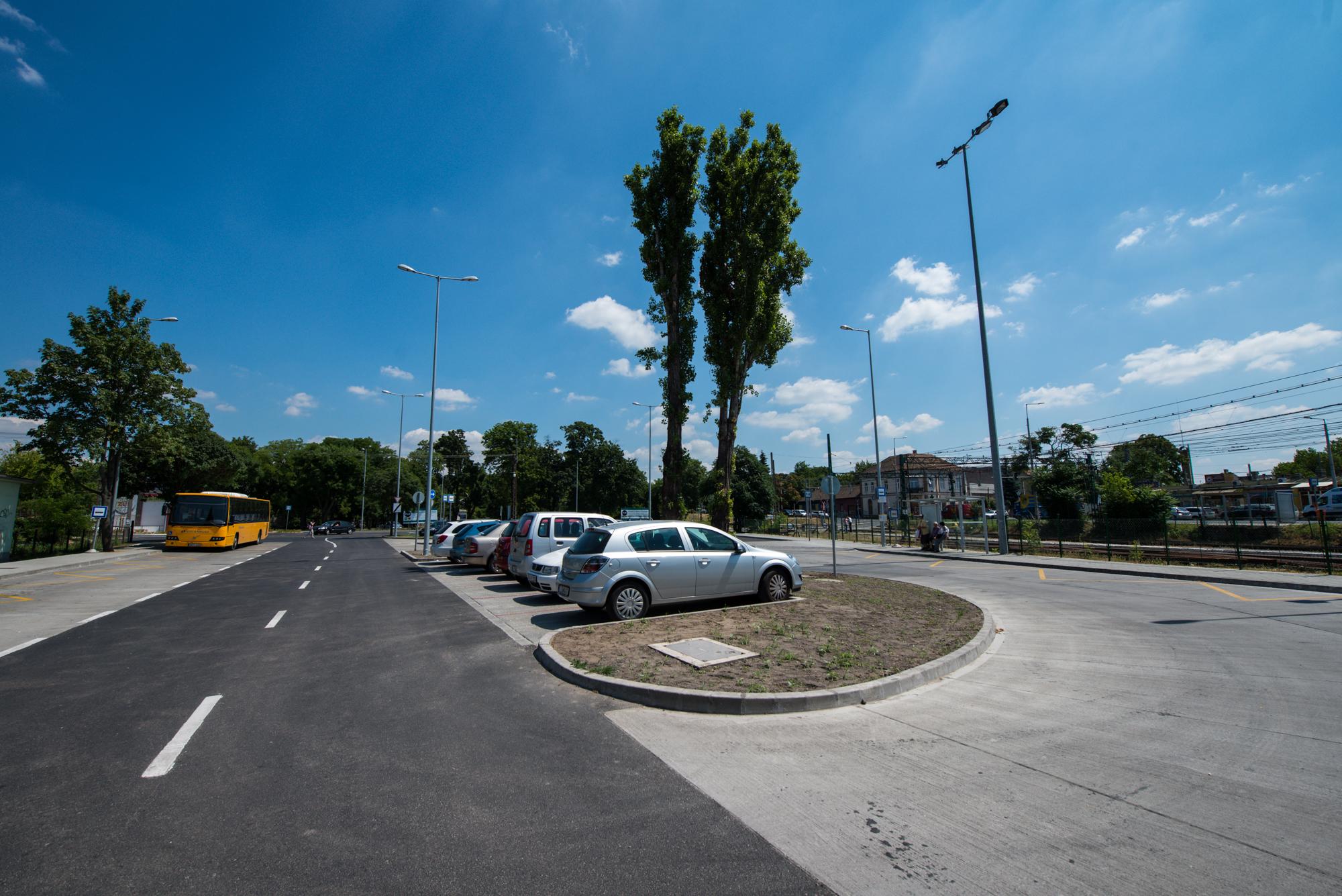 A megújult-kibővült parkoló. Fotó: BKK